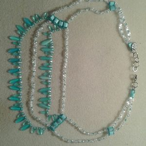 Jewelry - 4 strand dagger necklace